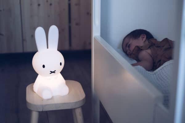 Miffy First Light LED-Leuchte in Weiß Mr. Maria Meintipi
